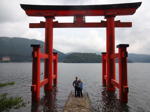 30 cool things to do in japan from the wacky to the awesome for Pictures of the coolest things in the world
